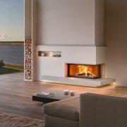 zweiseitiges Heizkamin mit Feuertisch aus Naturstein