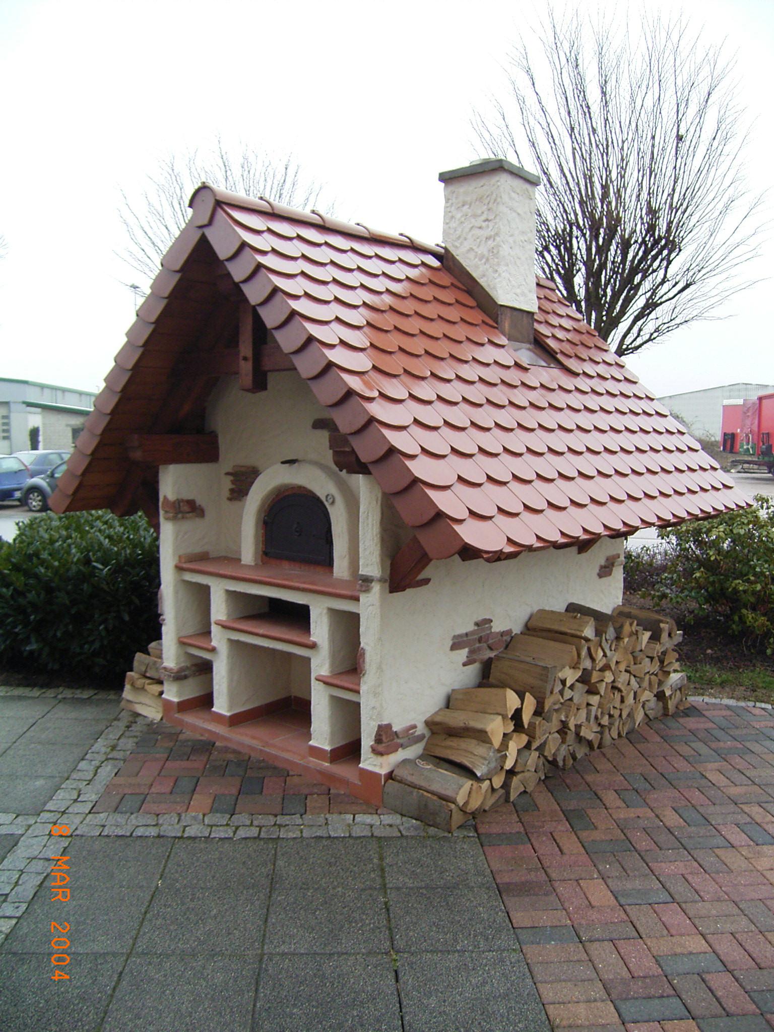 Holzbackofen Stassburg